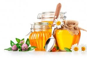 Top 7 beneficii ale mierii de albine