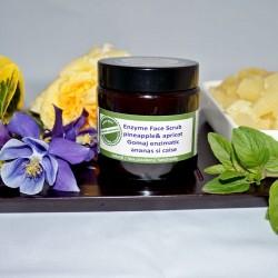 Gomaj enzimatic cu ananas si caise - QI Cosmetics